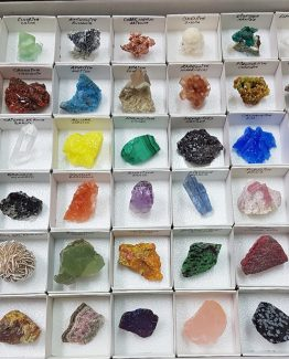 Exclusive and beautiful Collection of 54 minerals, by Eduardo Lloréns.