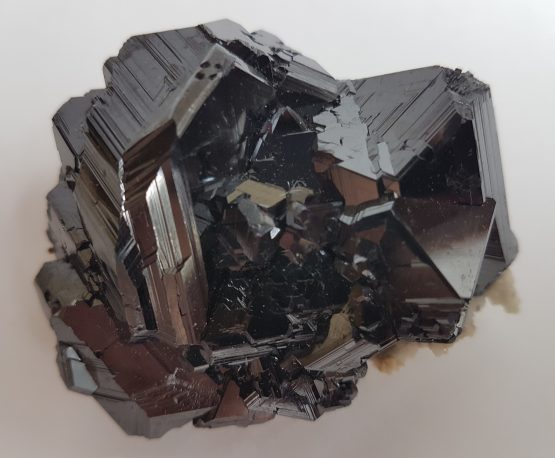 Magnificent sphalerite specimen, characteristic of its provenance.