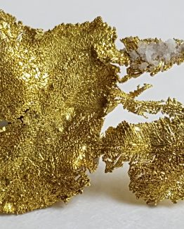 Floating aggregate of native Gold crystals