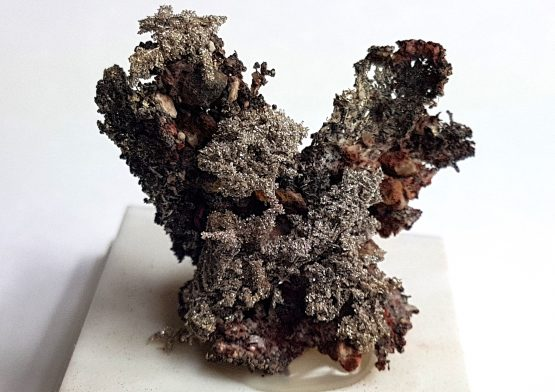 Aggregate of small crystals of Kongsbergite.