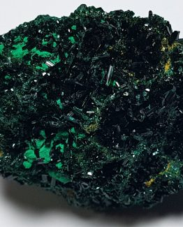 Small and very bright green crystals of Olivenite, on matrix.